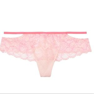 NEW DREAM ANGELS Floral Lace Hipster Thong Panty S
